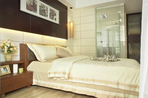 中式主卧室带卫生间装修效果图
