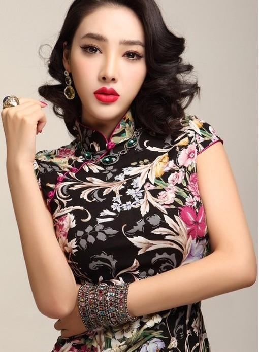 复古兰花旗袍写真 优雅妩媚气质如兰图片