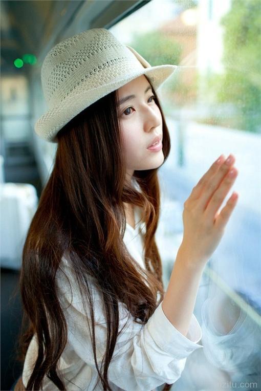 可爱小美女清新生活照图片_hao123网址导航