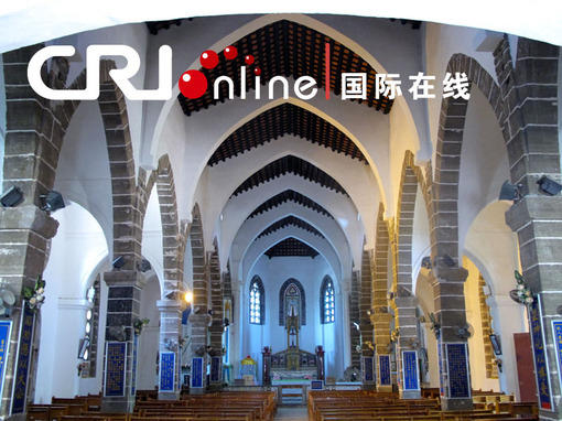 中国名城网【涠洲岛天主大教堂内景