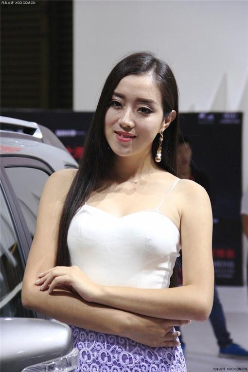 【2014浦东车展】上海浦东图片俏皮女生头像美女唯美系森车展图片