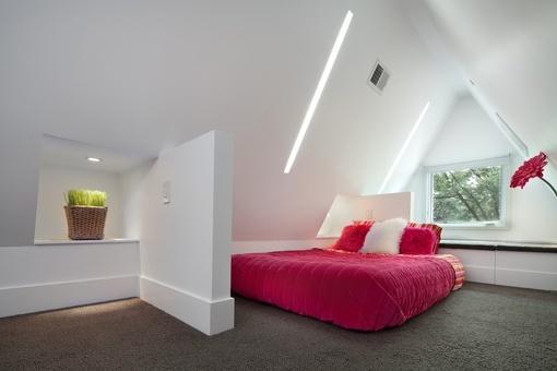卧室#阁楼卧室隔断墙造型