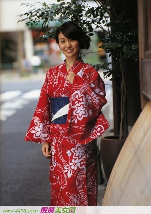 和服少女大岛优子甜美写真(1/12)