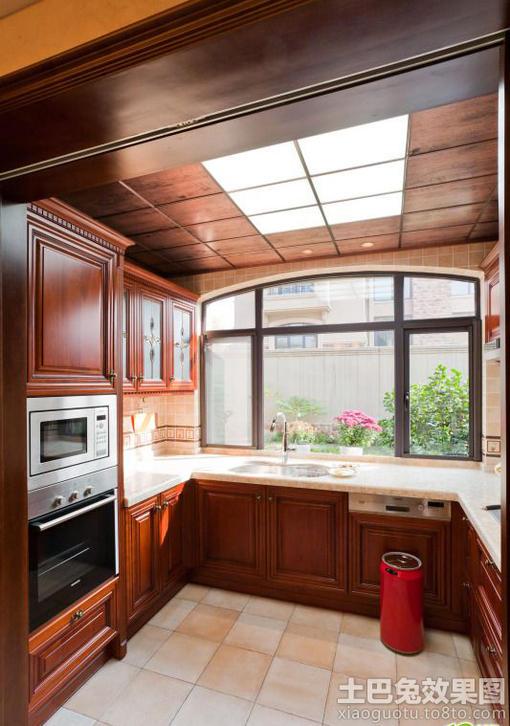 美式厨房集成吊顶装修效果图