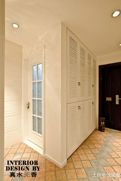 家装进门 玄关入墙 鞋柜装修效果图