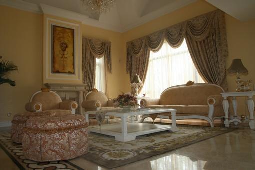 欧式别墅客厅家具摆放效果图片