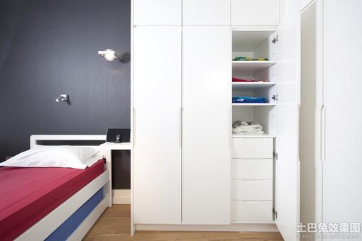 小卧室白色衣柜柜门效果图