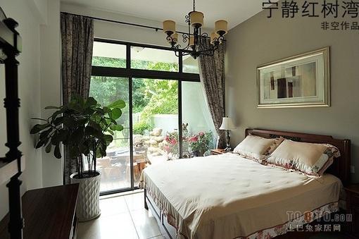 东南亚风格卧室窗帘装修效果图欣赏