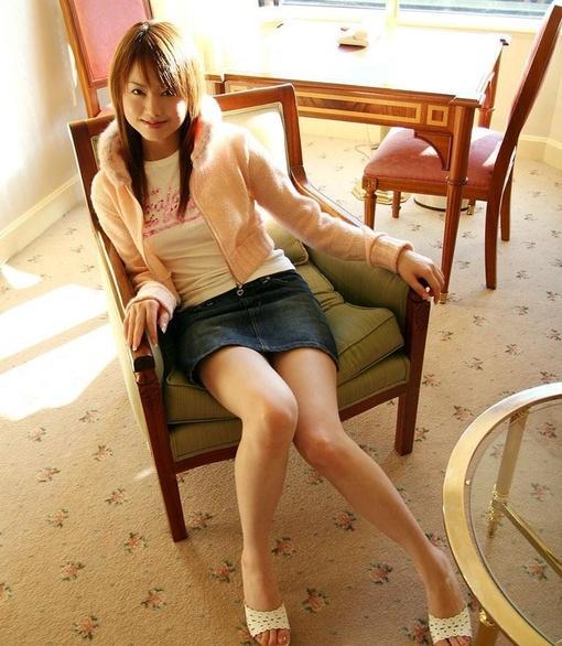 萝莉美女吉沢明步图片_hao123网址导航