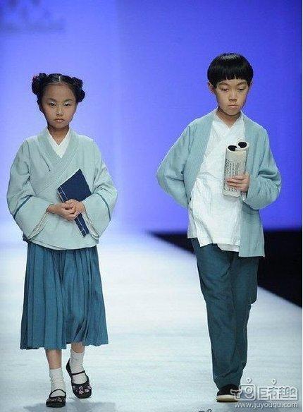 这才是中国的校服!